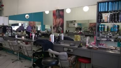 Carlton Set Hairdressing