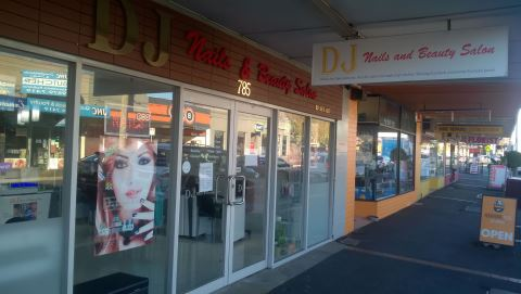 DJ Nails and Beauty Salon