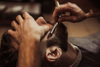 Gentlemen's Haircut and Shaving