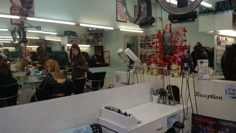 Hanna Hair and Beauty Salon