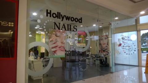 Hollywood Nails The Glen