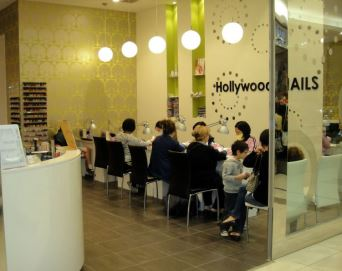 Hollywood Nails Williamstown