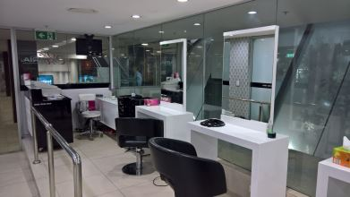 Maria Hair and Beauty Salon