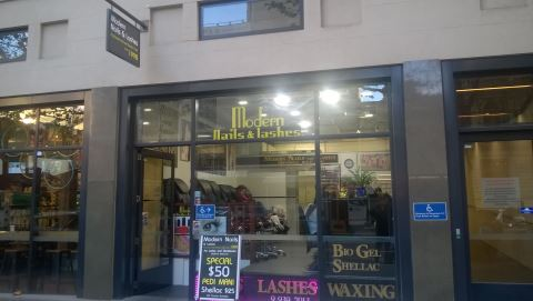 Modern Nails and Lashes LaTrobe Street