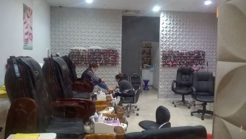 New Star Nails and Beauty Parkmore