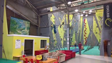 Sydney Indoor Climbing Gym St Peters