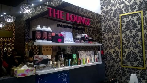 The Lounge Beauty and Brow Knox