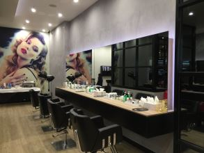 The Lounge Beauty and Hair Highpoint