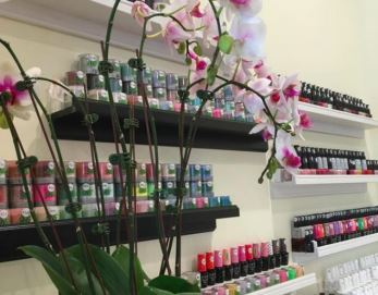 The One Nails