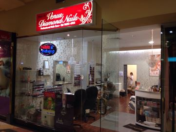 Venus Diamond Nails